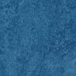 "Forbo Marmoleum Real ""3030 blue"" (2,0 mm)"